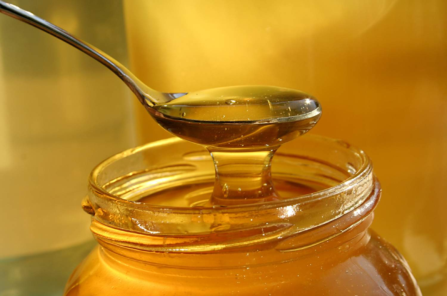Photo of October and Halloween: How to Utilize Your Jar of Honey