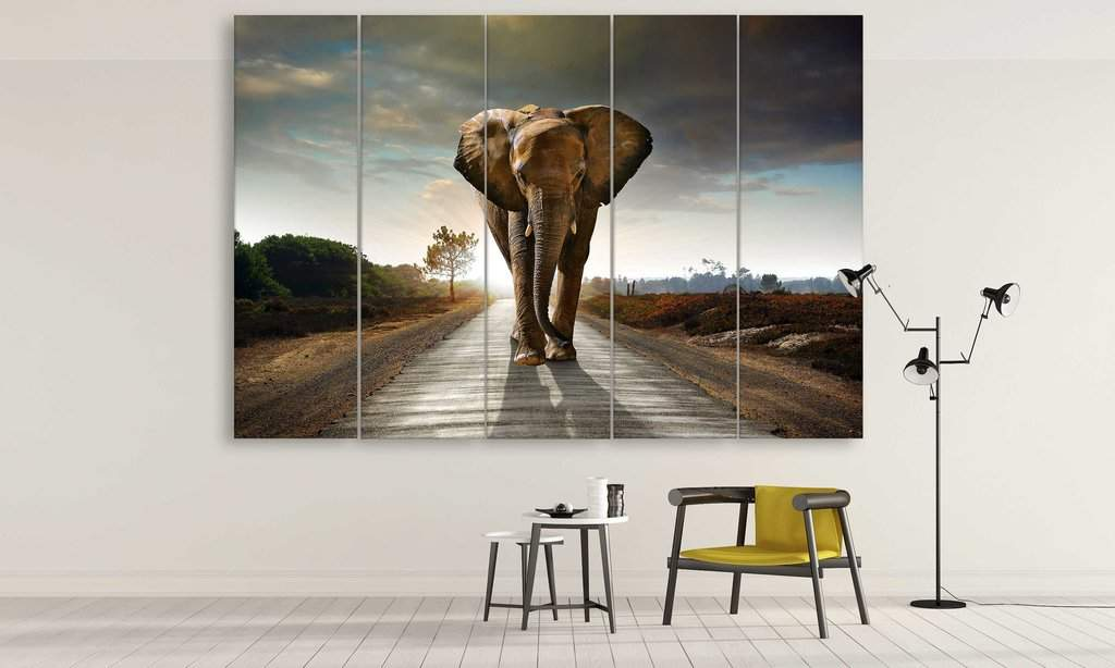 Elephant minimalist decoration