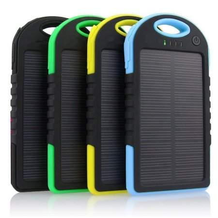 solar-powered-charger-bank